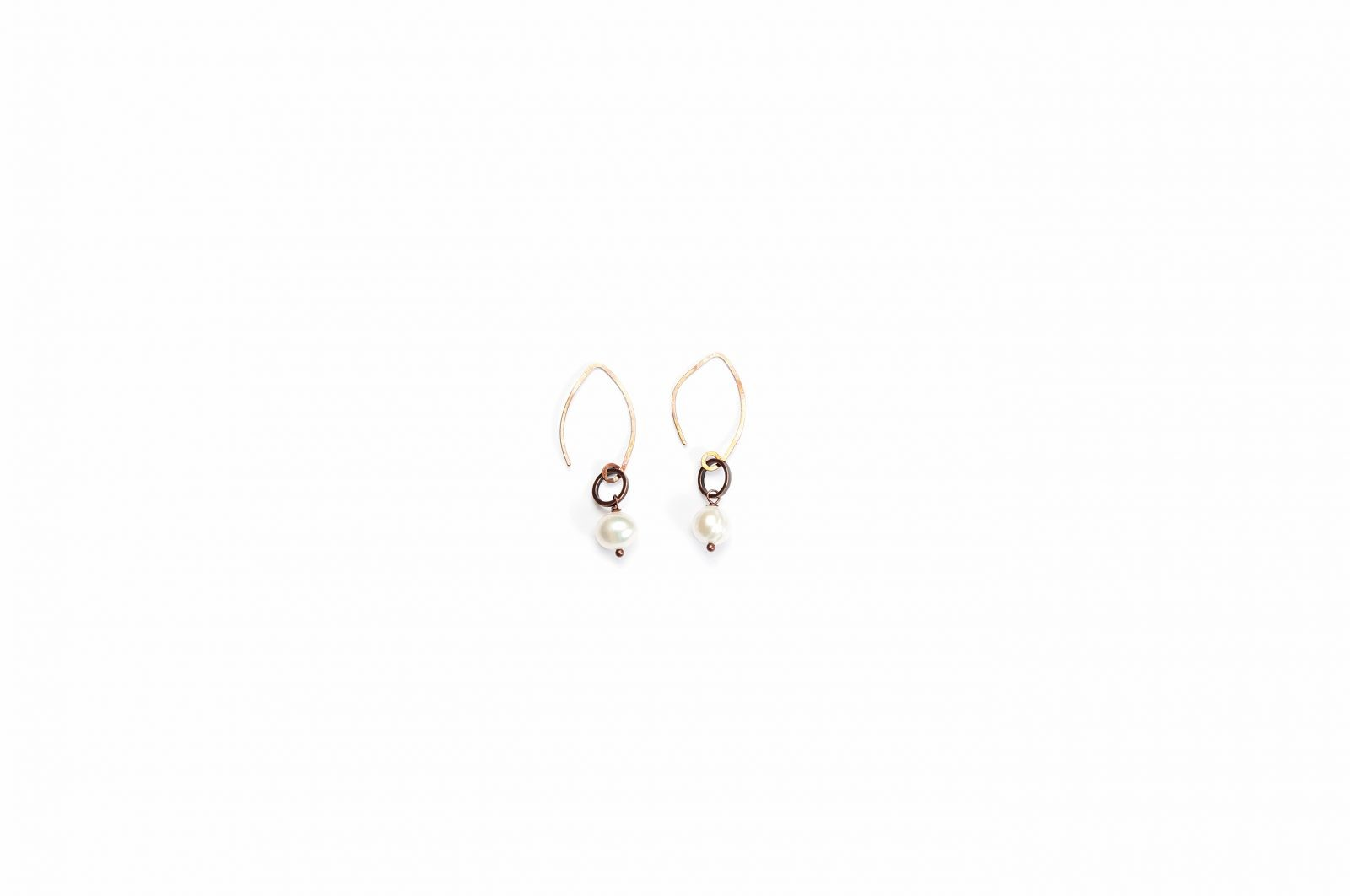 white mother categories lg of parsons mop in statement pearl earrings default beaded scott jewelry kendra